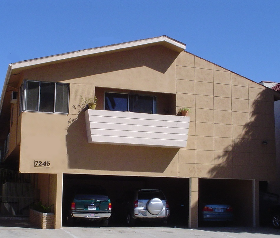 7245 – 7251 Willoughby Ave., Los Angeles, CA 90046